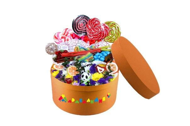 Сладкая коробка со сладостями на заказ